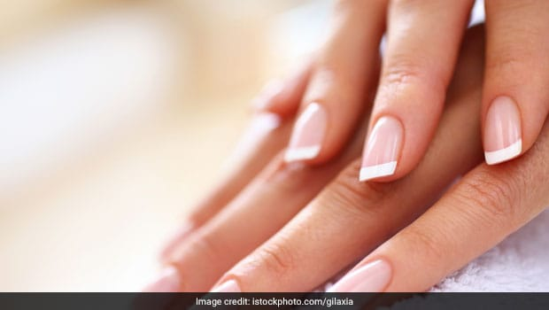 Include These 5 Foods In Your Daily T For Stronger Nails