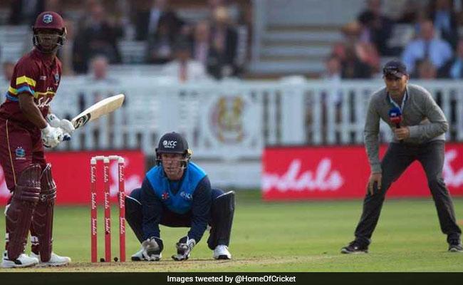 'इंटरनेशनल' मैच में नासिर हुसैन ने स्लिप में खड़े होकर की कमेंट्री तो फैंस ने ICC से पूछे ये तल्ख सवाल