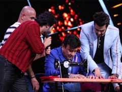 Indian Idol 10: अनु मलिक ने चलाई सिलाई मशीन तो नेहा कक्कड़ ने सुई में डाला धागा