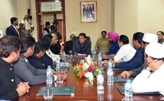 इमरान खान और अमेरिकी विदेश मंत्री की बातचीत के ब्यौरे पर विवाद, पाकिस्तान या अमेरिका आखिर कौन बोल रहा है झूठ