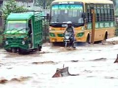 उत्तर प्रदेश :  लगातार 3 दिन से हो रही बारिश ने ली 58 जानें, 53 लोग घायल भी हुए