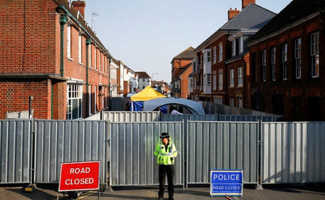 UK Police On Lookout For Nerve Agent Container After Woman Dies