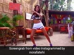 गोवा के हसीन नजारों के बीच बाहुबली की इस एक्ट्रेस ने किया Belly Dance, वीडियो हुआ वायरल