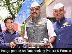 13-Year-Old Mumbai Boy Partners With <i>Dabbawalas</i> For Courier Startup