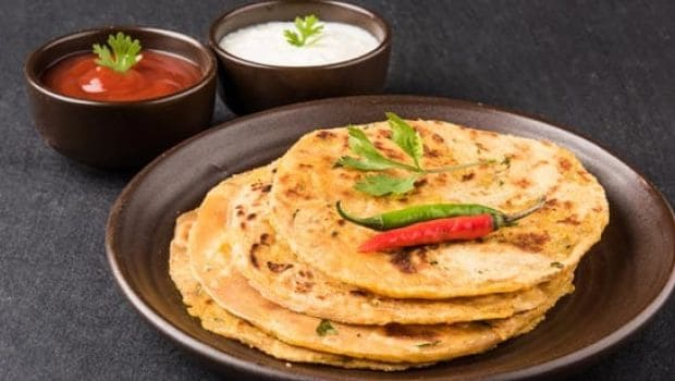 Breakfast Recipe, Make Hot Delicious Potato Parathas For Breakfast, Here Is The Recipe