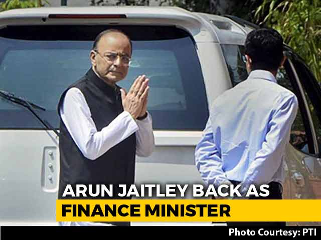 Video : Arun Jaitley Back As Finance Minister After 3-Month Break For Surgery