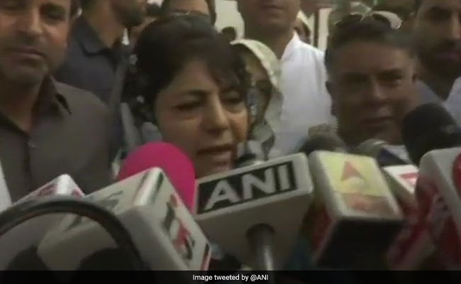 PDP Sacks Yasir Reshi As District Chief For Criticising Mehbooba Mufti