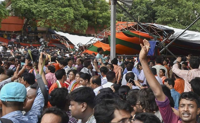 90 Hurt After Canopy Collapses At PM's Bengal Rally; 'Don't Run,' He Said