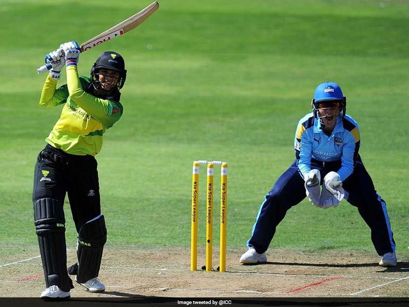 Smriti Mandhana Teaches Heather Knight Hindi For Better Communication While Running