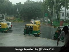 Heavy Rain Hits Delhi Causing Traffic Snarls, Showers Likely To Continue