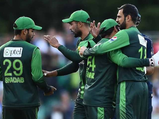 Pak vs Sco, 1st T20I: Sarfraz Ahmed leads from the front in 48-run win