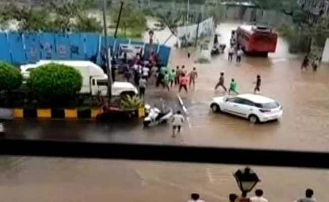 Maharashtra Bus Driver Dies Saving Children Stuck In Pothole In Rain