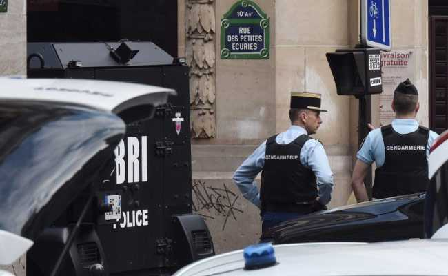 Paris Hostage Situation Over As Police Arrest Gunman