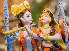 Krishna Janmashtami 2019: इन 8 भजनों के बिना अधूरा है जन्माष्टमी का त्योहार, सुनते ही कृष्णमय हो जाता है संसार
