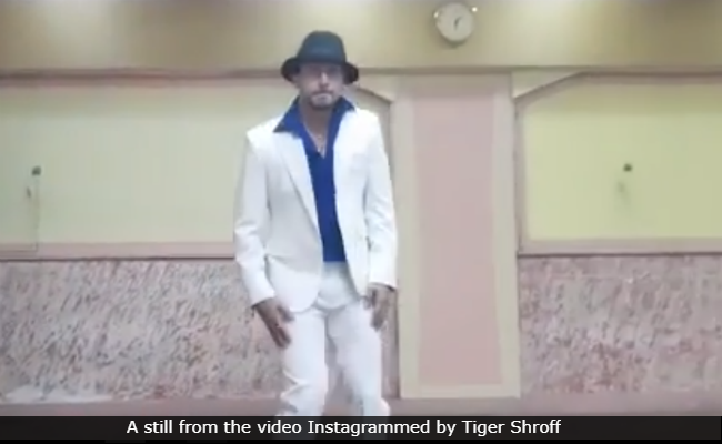 On Michael Jackson's 60th Birth Anniversary, Tiger Shroff Pays Tribute To The King Of Pop