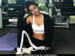 Hina Khan Trolled For Posting Gym Photos, Accused Of 'Trying Too Hard'