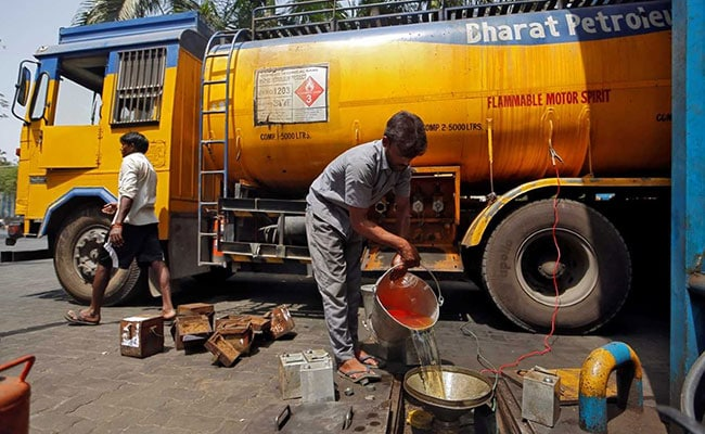 Should Petrol, Diesel Be Brought Under GST Regime? What Experts Say