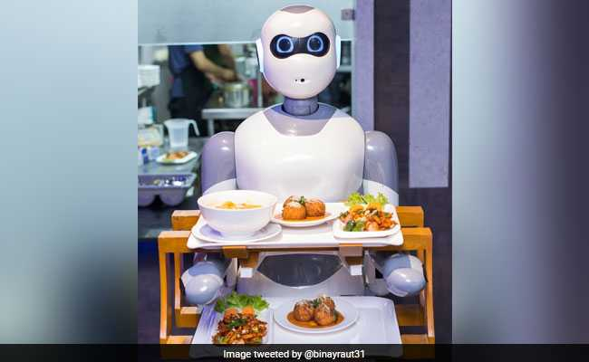 In A First, Nepal's Restaurant Uses Robots As Waiters