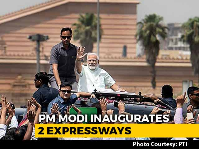 Video : PM Opens 2 Huge Freeways, Indirectly Plugs UP Bypoll Tomorrow