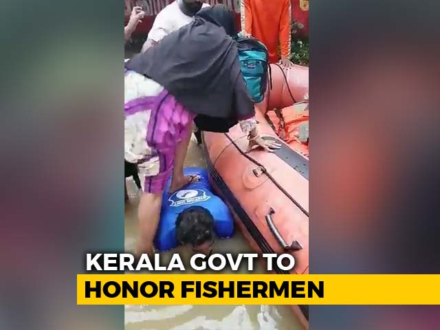 Video : Kerala Fisherman's Gesture For Flood Victims Wins Over Social Media
