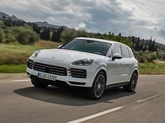 2021 Porsche Cayenne Updated With A Bigger Battery Pack