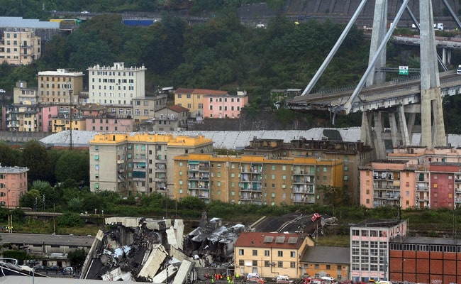 At Least 38 Killed As Bridge Falls In Italy, Crushing Cars Underneath