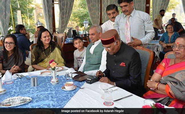president ram nath kovind at resturant in shimla