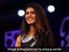 Priya Prakash Varrier ने स्टेज पर कुछ इस अंदाज में दिया इंट्रोडक्शन, दिल छू लेगा उनका Cute Video