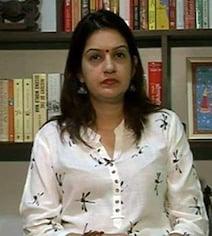 TOP 5 NEWS: प्रियंका चतुर्वेदी शिवसेना में शामिल, साध्वी प्रज्ञा ठाकुर के हेमंत करकरे पर बयान से विवाद शुरू