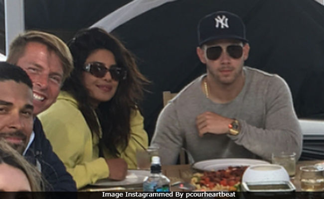 Amid Dating Rumours, Priyanka Chopra Leaves A Comment On Nick Jonas' Pic, Again