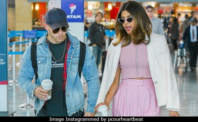 Viral: Priyanka Chopra And Nick Jonas Spotted Travelling Together. Pics Here