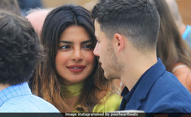 From Priyanka Chopra-Nick Jonas To Ariana Grande-Pete Davidson, The Relationship Status Of These Stars