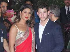 अंबानी की पार्टी में 'बॉयफ्रेंड' के साथ पहुंचीं प्रियंका चोपड़ा, आलिया-रणबीर भी हुए शामिल