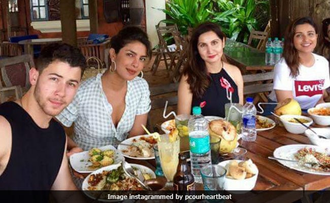 Inside Priyanka Chopra, Nick Jonas And Parineeti's Goa Vacation