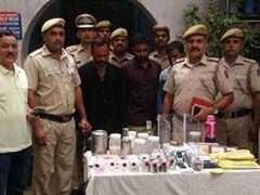 नकली डॉक्टर; नकली दवा और नकली इलाज भी, तीन गिरफ्तार