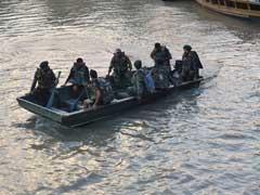 छत्तीसगढ़ : 18 लोग को ले जा रही नाव इंद्रावती नदी में पलटी, चार लापता