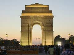लोकसभा चुनाव 2019: दिल्ली में त्रिकोणीय मुकाबला, आप-कांग्रेस और बीजेपी आमने-सामने
