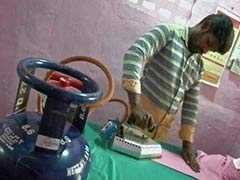 Coimbatore Laundryman Uses LPG To Iron Clothes, Inspires Others