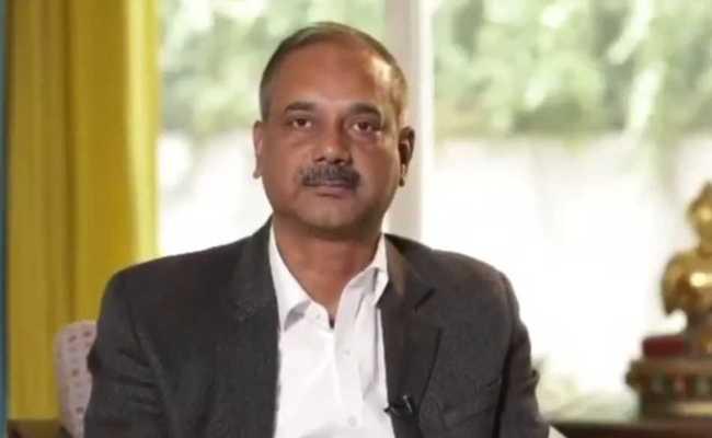 सीएम अरविंद केजरीवाल के सबसे खास यह अफसर क्या कर रहे हैं आजकल?