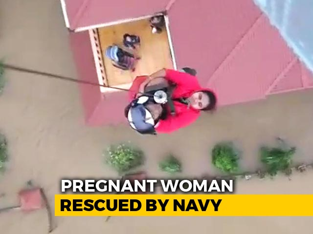 Video : Watch: Precision Navy Op To Save Pregnant Kerala Woman, Partly Paralysed