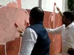 बेंगलुरु को दुबई बनाने की कवायद : अवैध होर्डिंग और पोस्टर हटाने में खुद मेयर भी जुटे