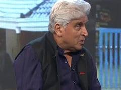 हमें सिर्फ फंड से ही नहीं बल्कि हर तरह से केरल के लोगों की मदद करनी चाहिए : जावेद अख्तर