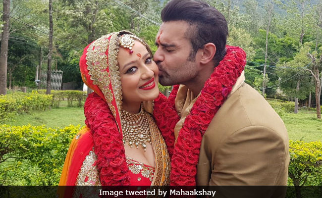 Mithun Chakraborty's Son Mahaakshay, Out On Anticipatory Bail, Marries Madalsa Sharma. See Pics