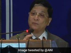 स्वतंत्रता दिवस समारोह पर CJI दीपक मिश्रा ने कहा,  संस्थान की अालोचना करना और नष्ट करना आसान