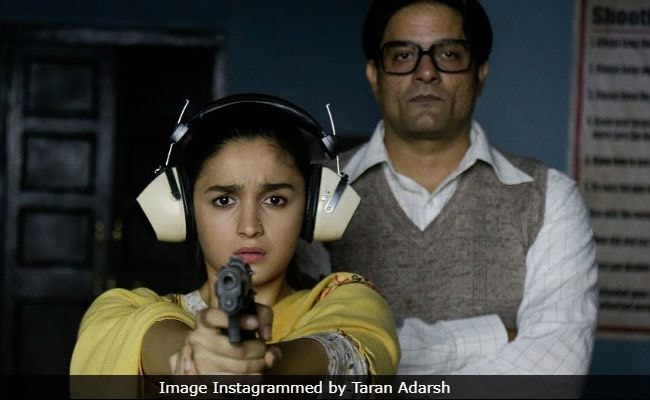 Raazi Box Office Collection Day 7: Alia Bhatt's Film Emerges As 'Winner' At The End Of Week 1
