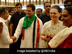 Swearing-In: Sonia Gandhi, Rahul Gandhi Among Others Arrive In Bengaluru