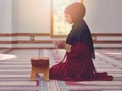Ramzan 2021: रमज़ान में सहरी और इफ्तार का होता है खास महत्व, रोज़े-नमाज़ के साथ मुसलमान ऐसे करते हैं इबादत