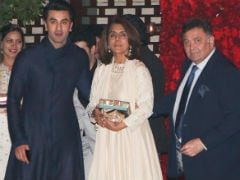 Ranbir Kapoor 'Can't Control' Dad Rishi Kapoor, Passes 'Harsh Messages' Through Mom Neetu