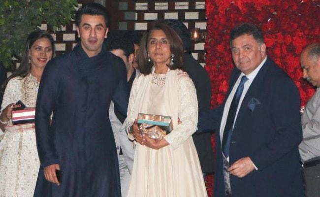 Ranbir Kapoor 'Can't Control' Dad Rishi Kapoor, Passes 'Harsh Messages' Through Mom Neetu