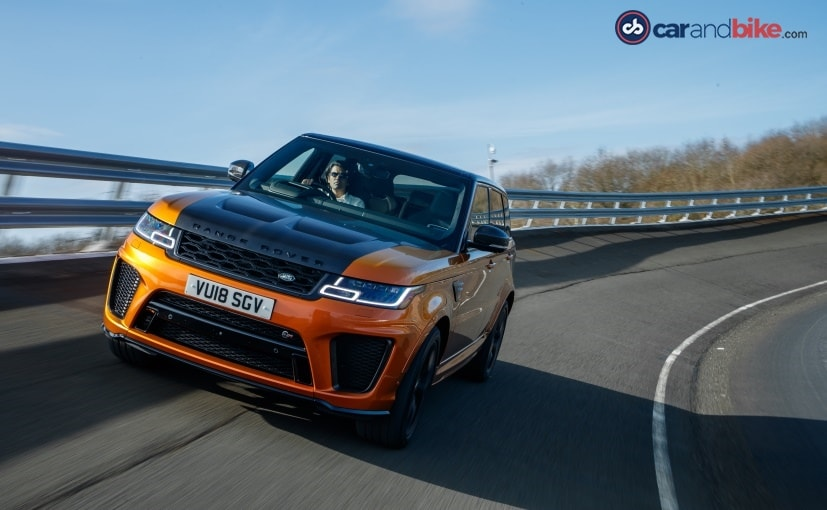 The SVR treatment gives it 50 more horses and 75 Nm more torque than the regular Range Rover Sport 5.0 V8